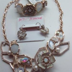 BetseyJohnsonNewButterflyNecklace,Bracelet&Earrin